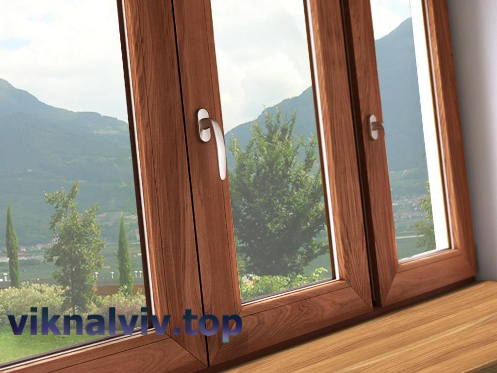 Догляд за дерев'яними вікнами