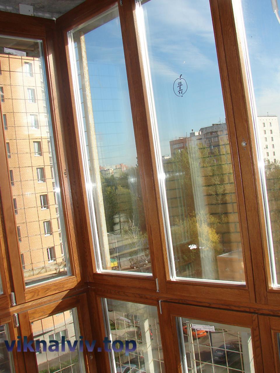 Переваги елітних дерев'яних вікон від виробника